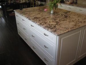 Versatile kitchen remodel and kitchen remodeling
